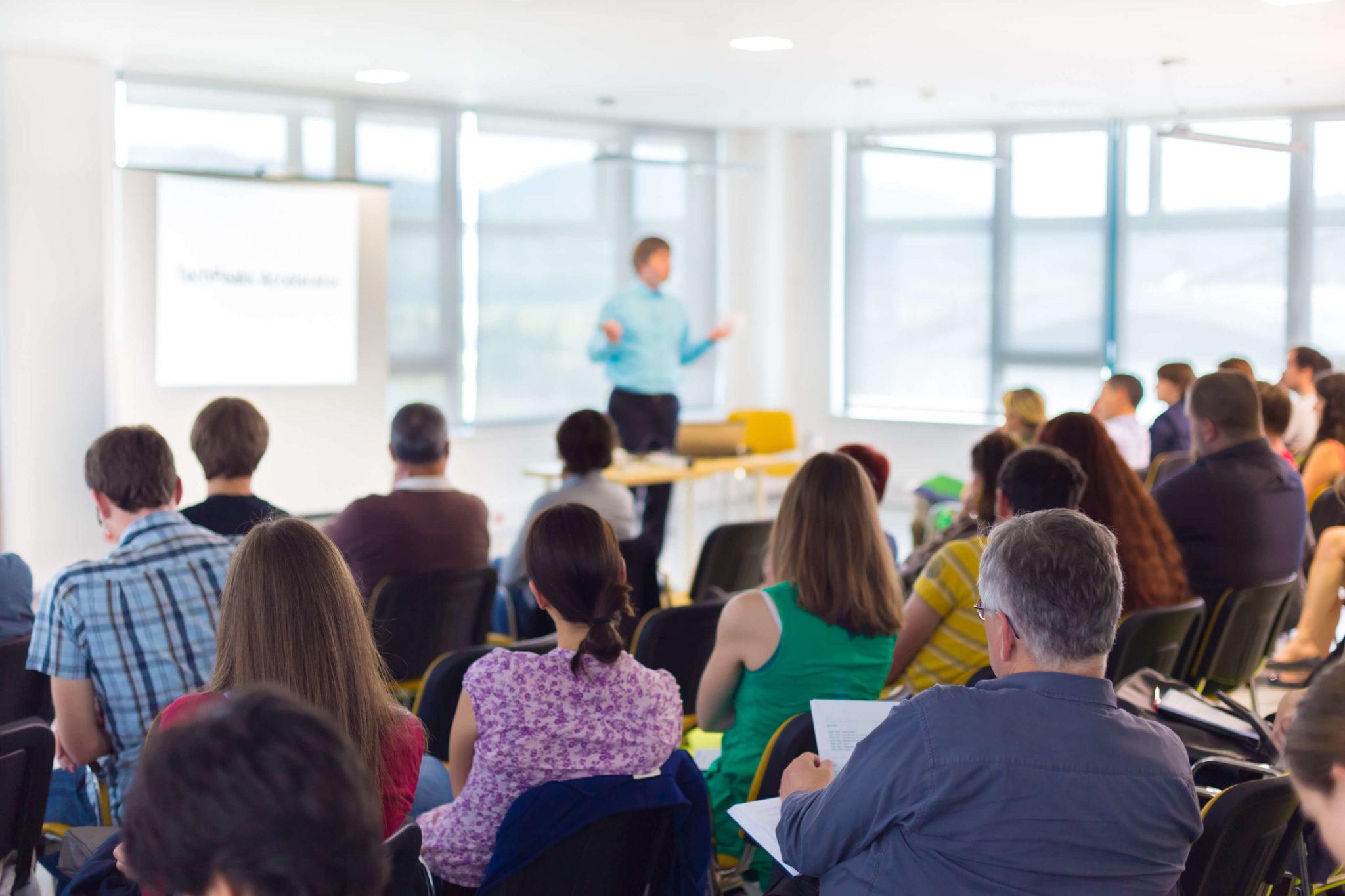 Academie, e-learning en communities