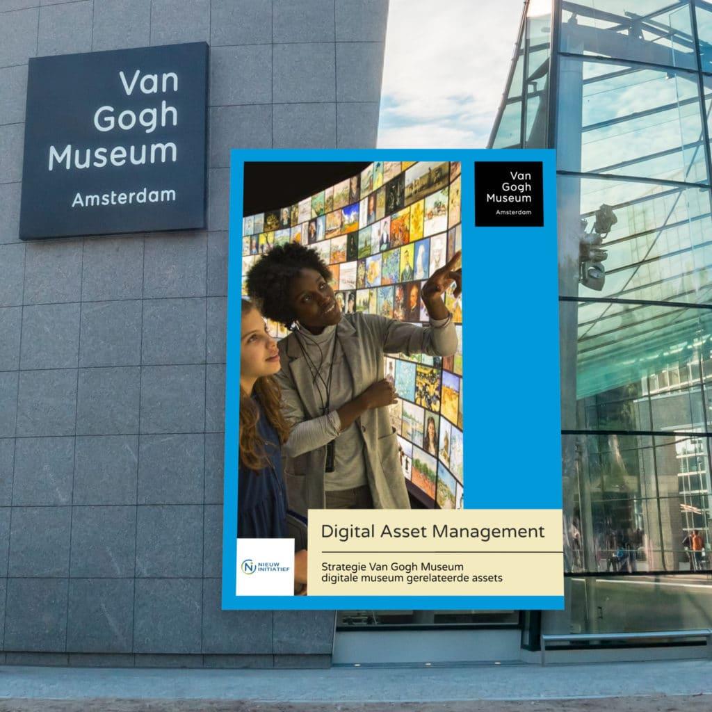 boek presentatie voor gebouw VGM